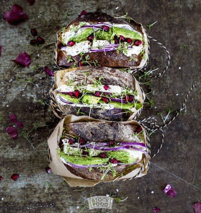 Sandwiches Deluxe