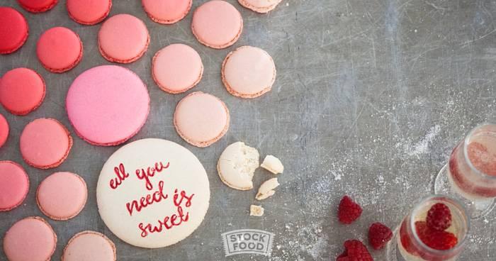 Kalligraphie auf Kuchen und Keksen – So süß ist das trendige Cake Lettering